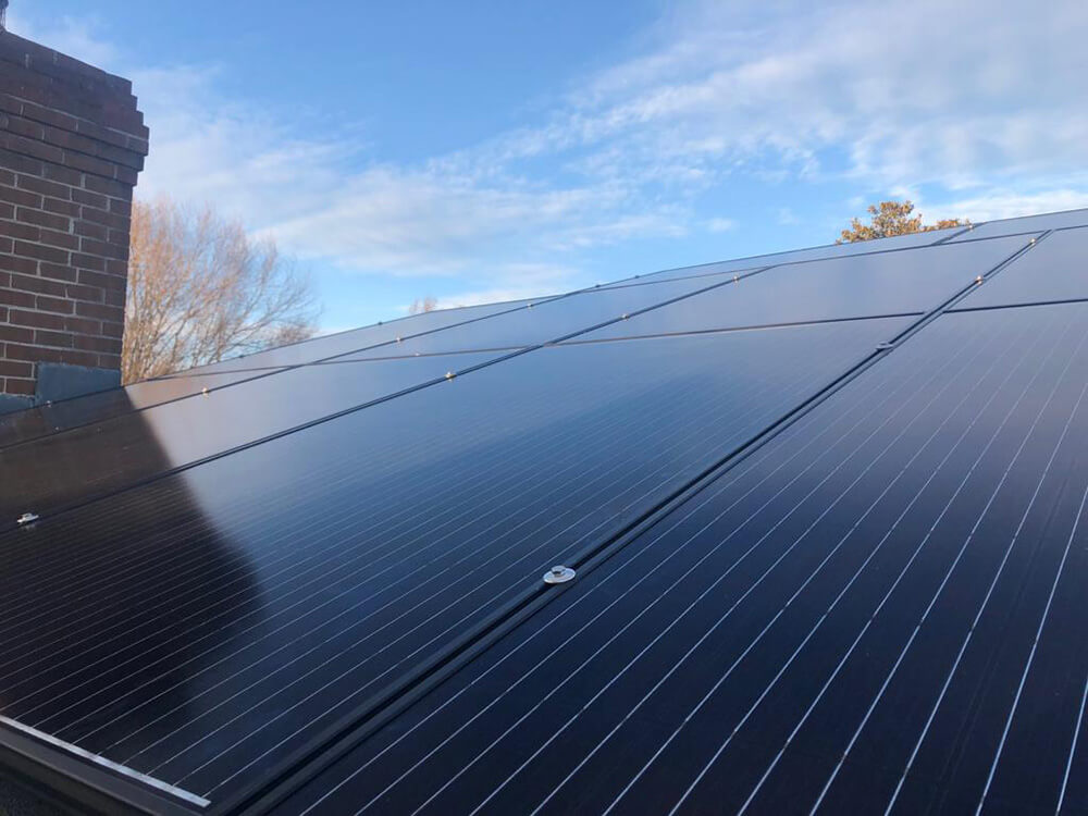 Top-quality, made in USA black PV panels