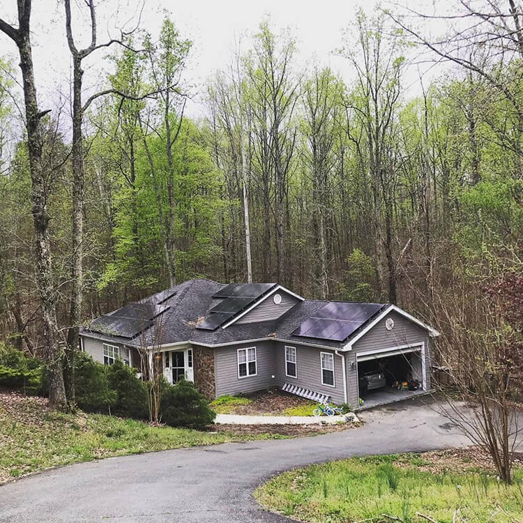 A beautiful Potomac, Maryland mansion goes off-grid with solar energy